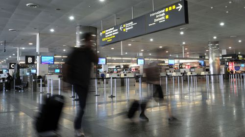 Muslim leaders angry at airport detention of senior Imam