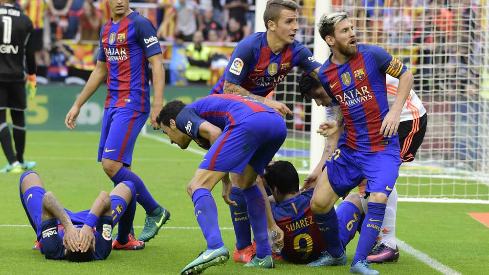 Late Messi penalty seals Barcelona win