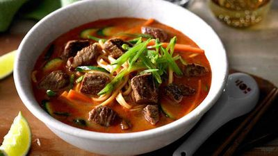 "<a href=""http://kitchen.nine.com.au/2017/05/29/15/36/lamb-and-vegetable-laksa"" target=""_top"">Lamb and vegetable laksa</a> recipe"