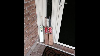 ‏@JarrodGreenaway <p></p><p>  #putyourbatsout we will always remember you Hughesy! Thoughts are with the family, friends and Sean Abbott. </p><p></p>