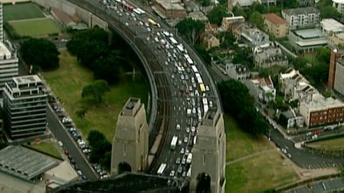 A seemingly endless queue of buses is at a standstill on the Harbour Bridge. (9NEWS)