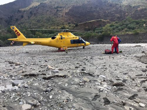 Helicopters are needed to evacuate the survivors from the mountainous region.