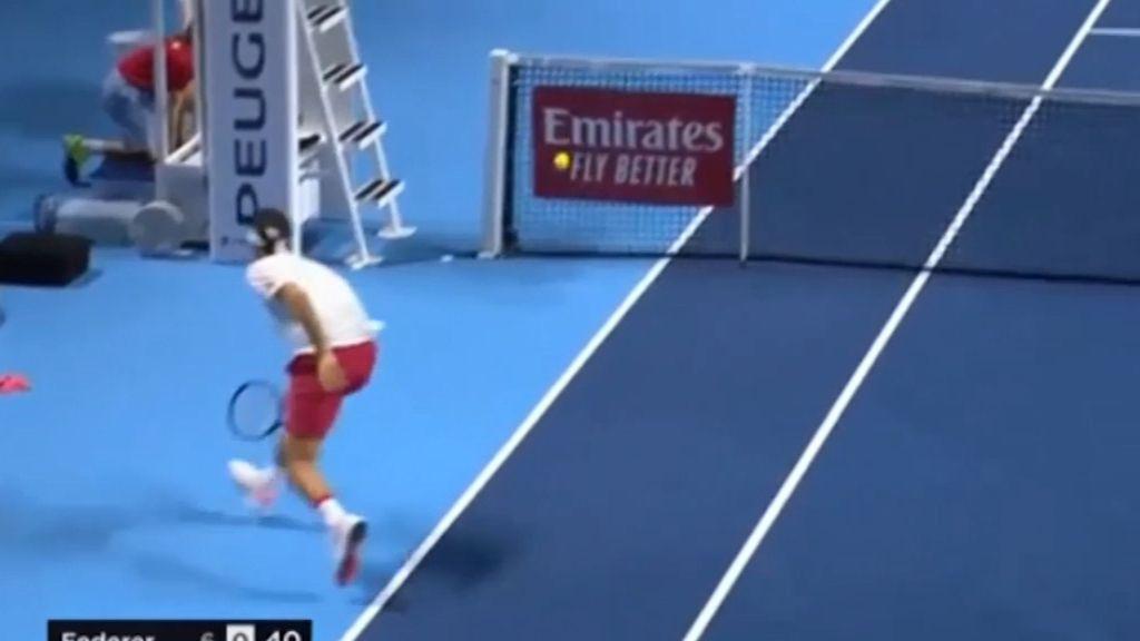 'Magic': 'Ridiculous' Federer moment floors commentators and fans