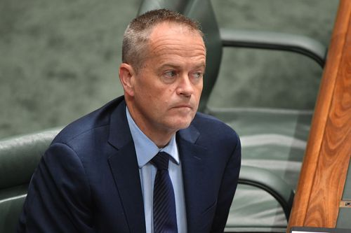 Bill Shorten reportedly told businessman and environmentalist Geoff Cousins that he could revoke the Adani licence if Labor wins government. (AAP)