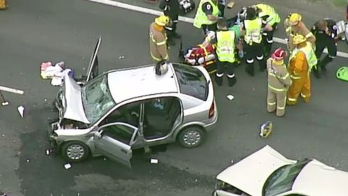 Woman, man seriously injured in head-on crash on Victorian highway