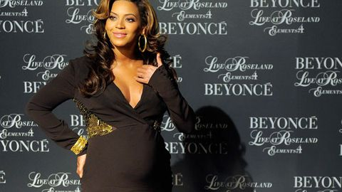 Beyonce rumoured to give birth today
