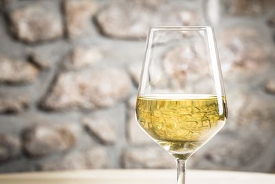 <strong>Chardonnay (123 calories)</strong>