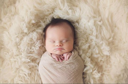 Parents of baby girl with inoperable brain tumour share touching photos during her final weeks