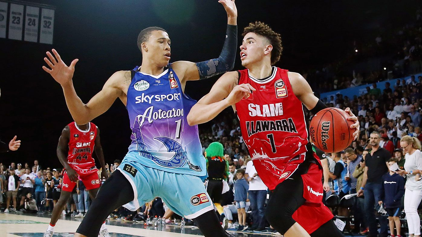 RJ Hampton and Lamelo Ball face off in the NBL