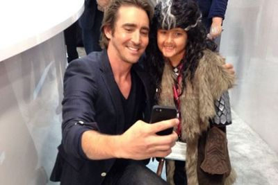 Lee Pace took selfies with a young <i>Hobbit</i> fan.