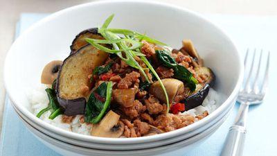"Recipe:&nbsp;<a href=""http://kitchen.nine.com.au/2016/05/17/10/27/eggplant-chicken-mince-hot-pot-for-960"" target=""_top"" draggable=""false"">Eggplant and chicken mince hot pot</a>"