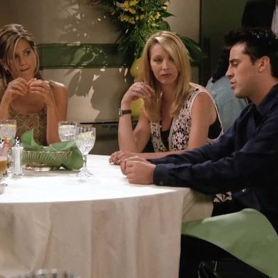 6. 'The One with Five Steaks and an Eggplant' (Season 2, Episode 5)