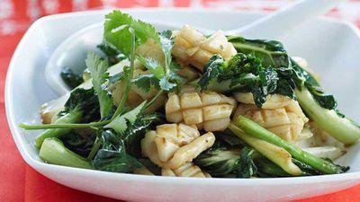 """<a href=""""http://kitchen.nine.com.au/2016/05/13/13/31/calamari-with-baby-pak-choy"""" target=""""_top"""">Calamari with baby pak choy</a> recipe"""