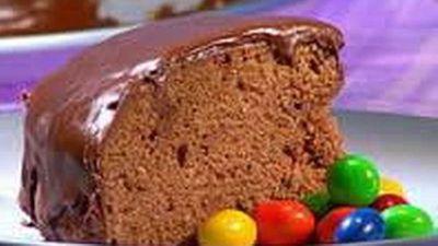 """Recipe:<a href=""""http://kitchen.nine.com.au/2016/05/18/12/40/one-bowl-chocolate-cake"""" target=""""_top"""">One Bowl Chocolate Cake</a>"""
