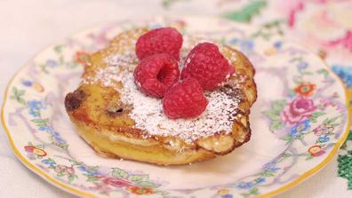 How to French toast your hot cross buns
