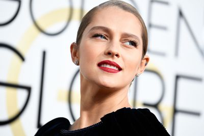 <p>Teresa Palmer's sheer skin and bold red lipstick was pure understated elegance.</p> <p>Image: Getty.</p>