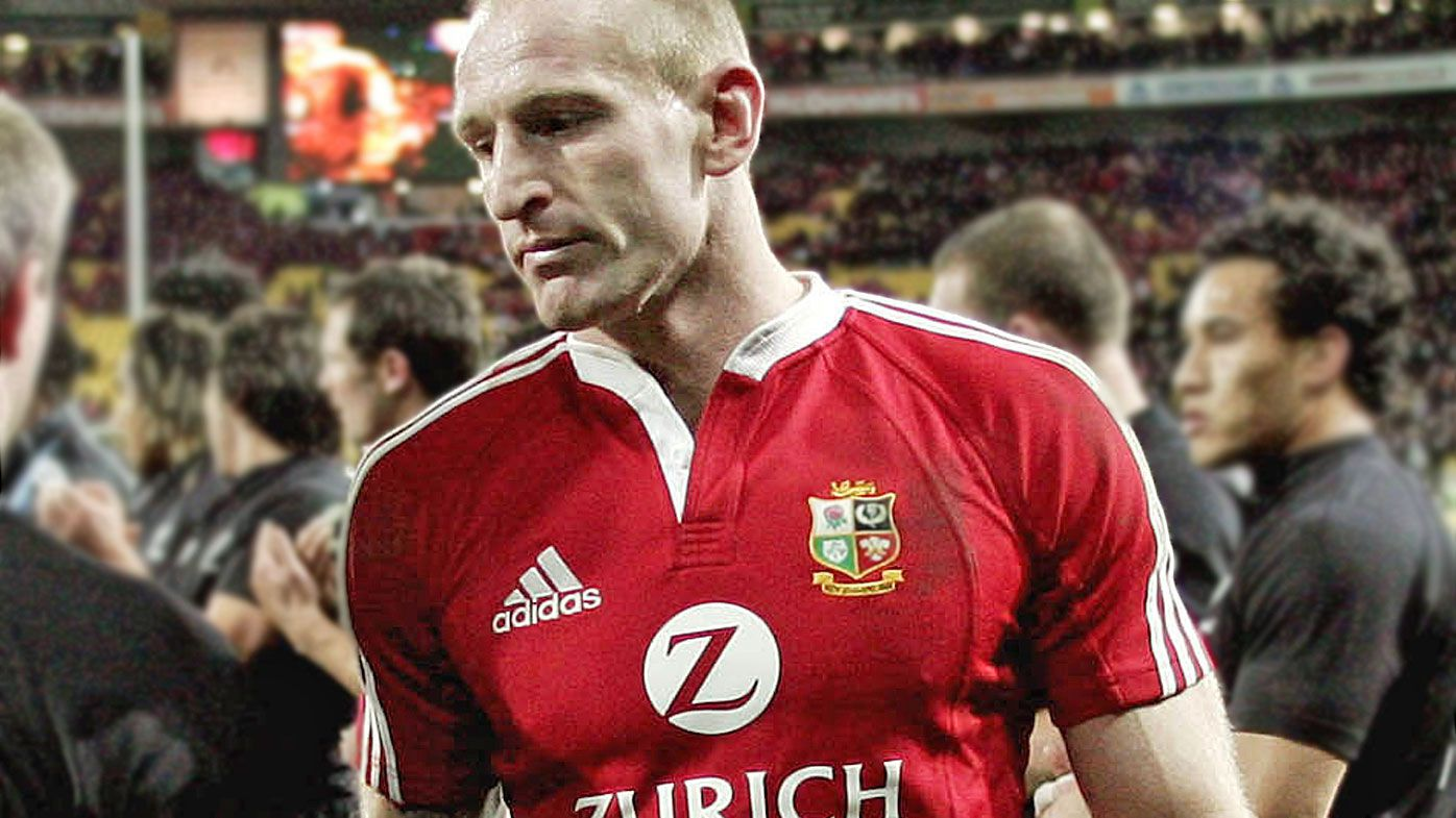 Former Wales rugby captain Gareth Thomas assaulted in 'hate crime'
