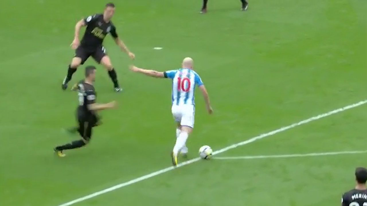 Aaron Mooy stunner opens EPL tally
