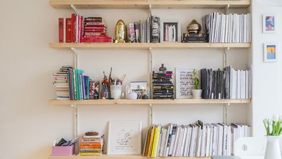 How to style your bookshelf without colour-coding it