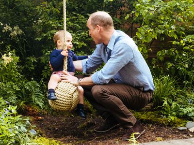 Prince William features Louis in Father's Day tribute, June 2019