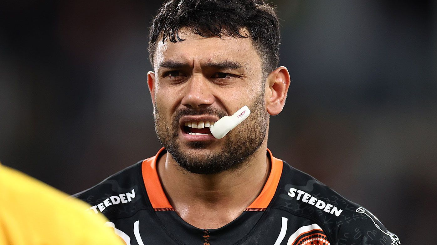 Wests Tigers winger David Nofoaluma stripped of leadership role as player unrest grows at club