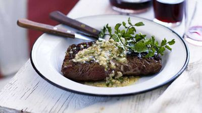 <strong>Skirt steak with anchovy and rosemary butter</strong>
