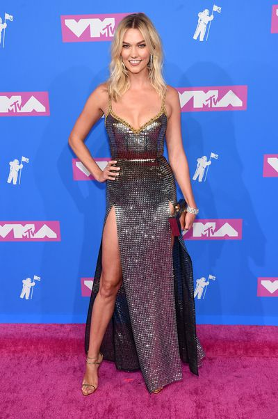 Karlie Kloss in Elie Saab at the 2018 MTV Video Music Awards