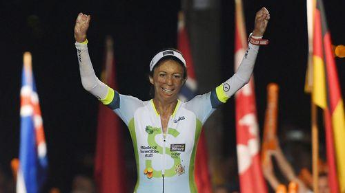 Burns survivor Turia Pitt completes triathlon in Hawaii