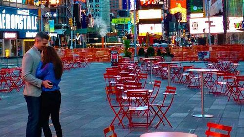 Times Square shut down for TV host's proposal