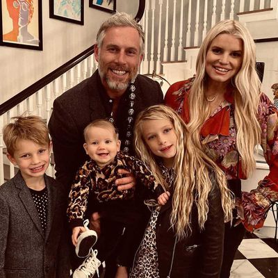 Jessica Simpson, Eric Johnson, Maxwell, Ace, and Birdie
