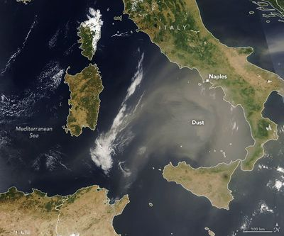 Dust crosses ocean to visit new continent