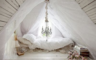 <strong>SHABBY CHIC</strong>