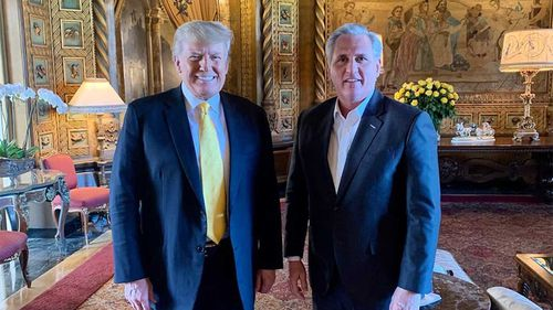 Donald Trump and Kevin McCarthy in Mar-a-Lago.