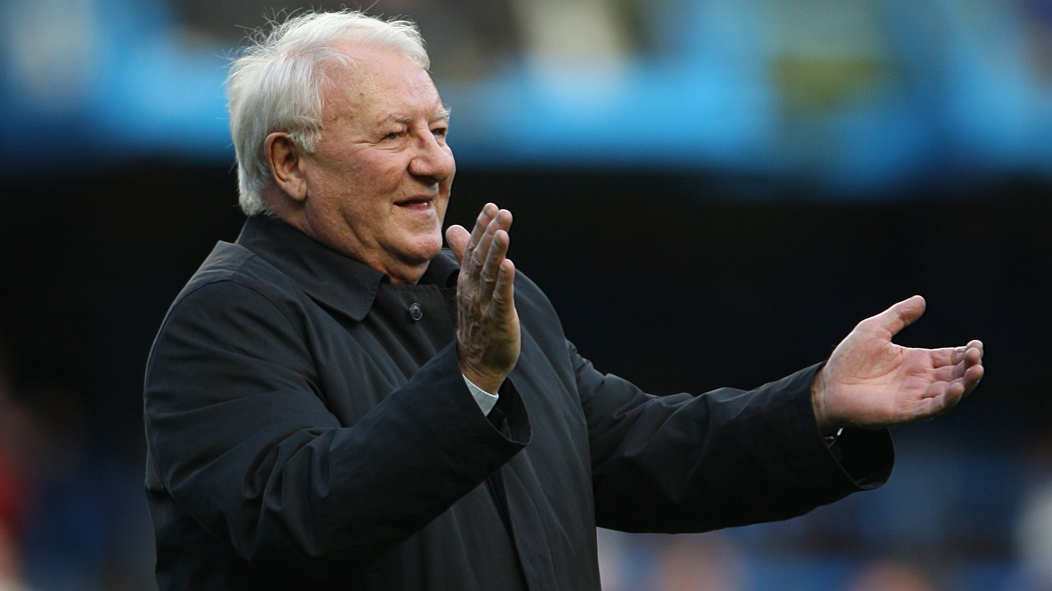Former Chelsea manager Tommy Docherty.