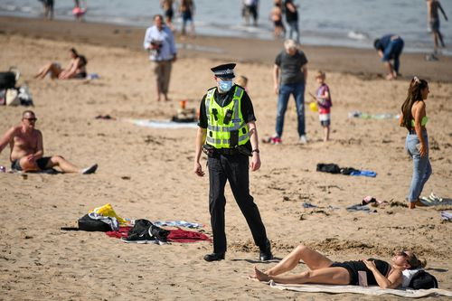 Scots enjoys socially distanced sunbaking on hottest day of the year