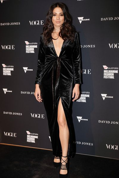 Model Jessica Gomes in Carla Zampatti