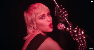 Miley Cyrus, new breakup song, video, Midnight Sky
