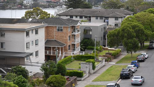 Falling house prices mean banks are crunching down on who they lend to.