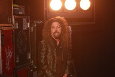 """<b><a target=""""_blank"""" href=""""http://www.thevoice.com.au"""">For the latest updates, visit The Voice official website</a></b>"""