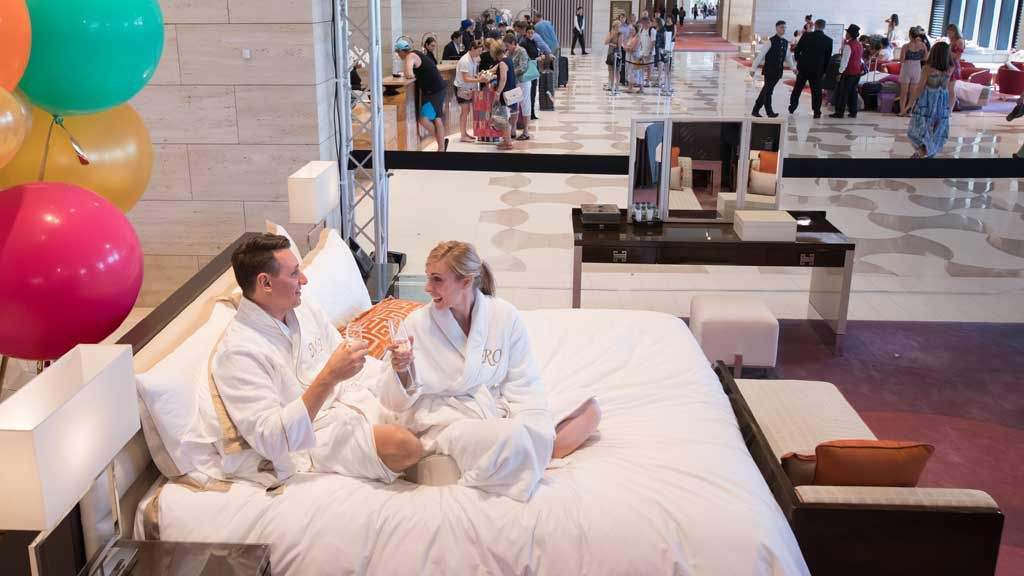 World's most chill couple spend 24 hours in open bedroom set up in hotel lobby