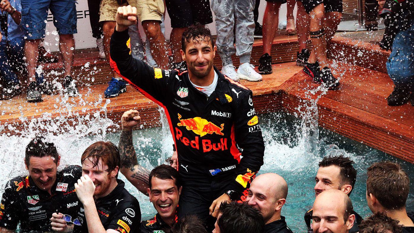 Lewis Hamilton downplays Daniel Ricciardo's 'move' to Mercedes