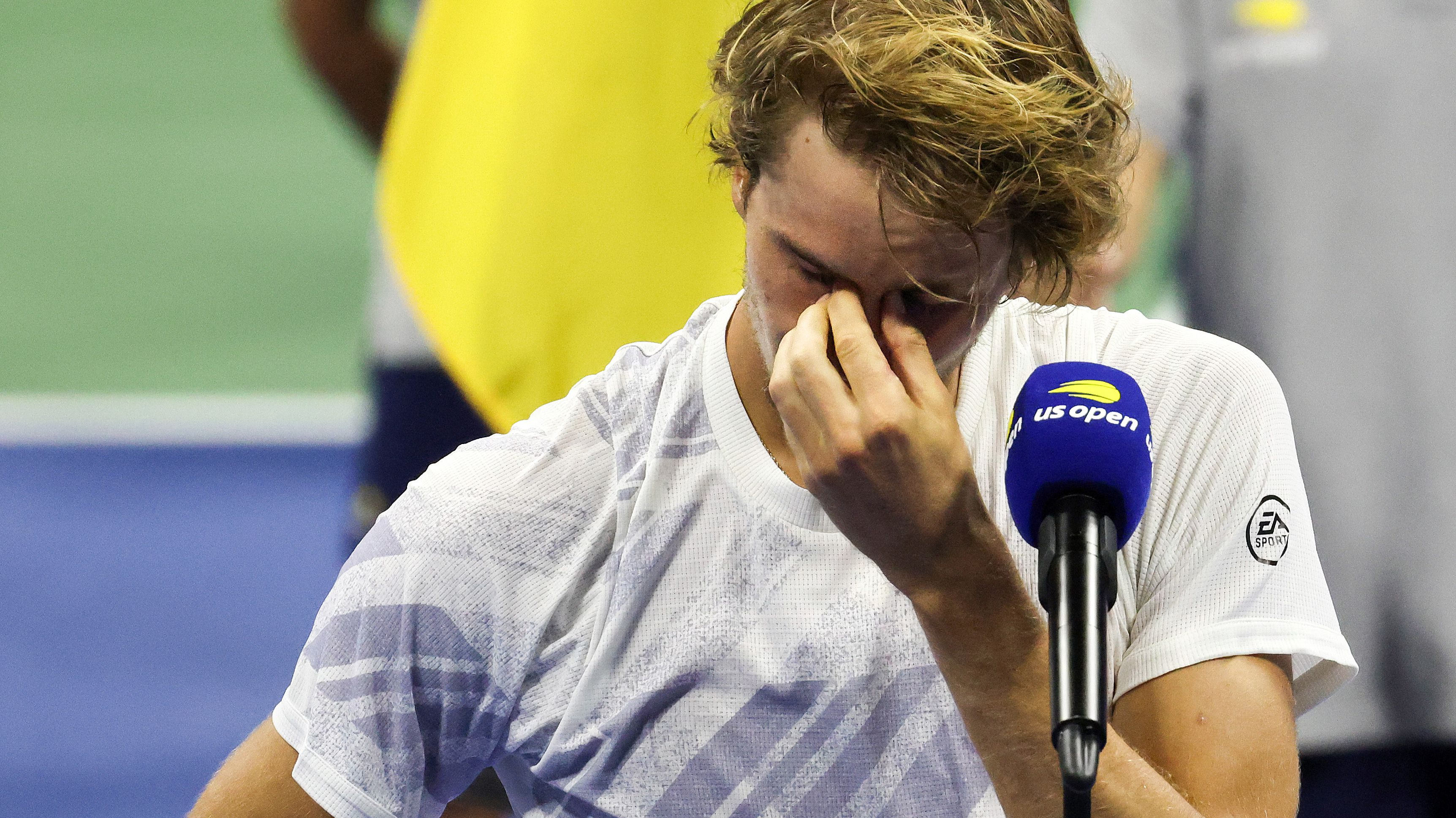Alexander Zverev fights back tears during his US Open runners-up speech.