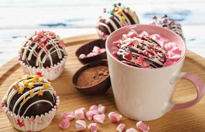 8. Hot cocoa bombs — 612.9 million views