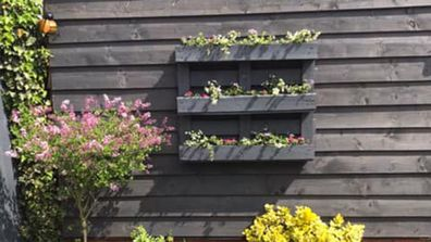 Clever upcycle turns old palette into stylish garden planter