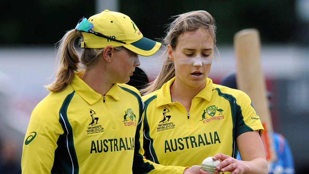 Women cricketers in the dark over pay row