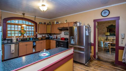 The property has undergone a number of renovations, including the kitchen.