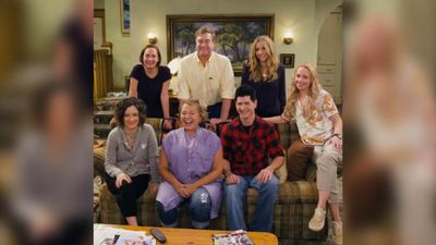 'Roseanne' fans boycott sitcom revival after news Roseanne Barr's character supports Trump