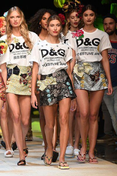Hailey Baldwin in Dolce & Gabbana, spring/summer '17, Milan Fashion Week