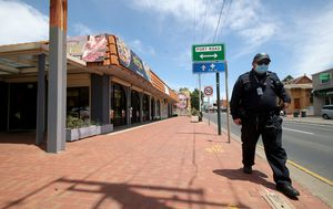 SA Police trawling through 500 hours of CCTV over coronavirus pizza shop lie