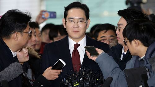 Lee Jae-Yong, vice chairman of Samsung arrives at the office of the independent counsel on January 12, 2017. (Photo by Chung Sung-Jun/Getty Images)